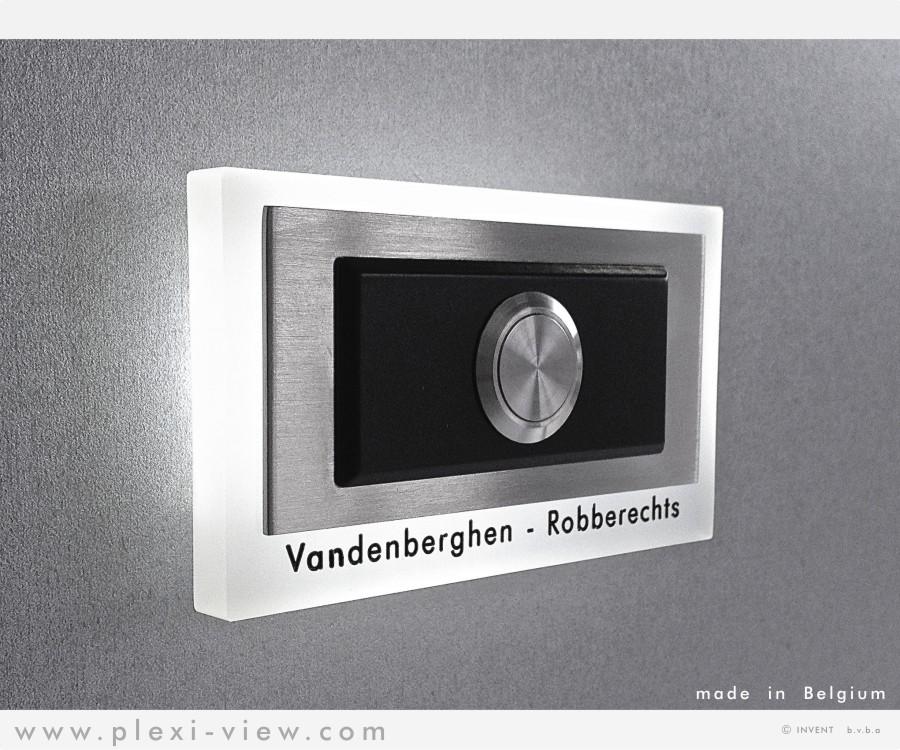 https://www.plexi-view.com/product-images/191/deurbellen-led/deurbel-led-design-rechthoekig-naam-formatted.jpg