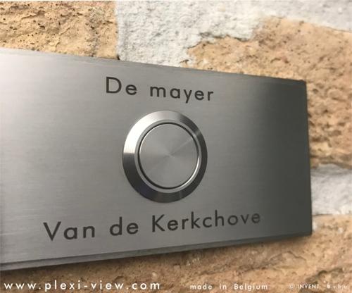 https://www.plexi-view.com/product-images/796/deurbellen-inox-316-rvs/deurbel-rvs-316-duo-naam-r--formatted.jpg?resize=w[500]